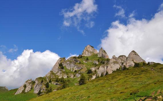 Aniversare și cântec! – ziua2 – Plimbare pe Vf Ciucaș și Șaua Tigăilor