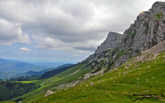 Bucegi: Padina-Refugiul Strunga- Varful Lucacila-Lacul Bolboci